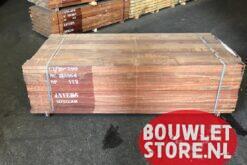 Hardhouten-planken_30x150x2500mm